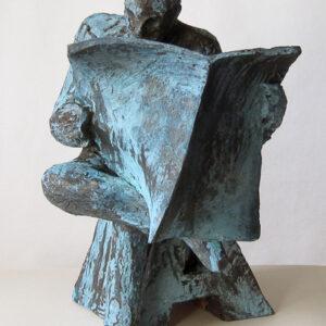 Läsare A 2012. Patinerad terracotta 30x22x20 cm.